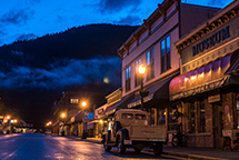 A downtown Kaslo street in the fall.
