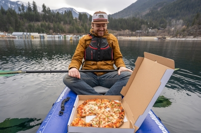 Pizza and paddle on Kootenay Lake