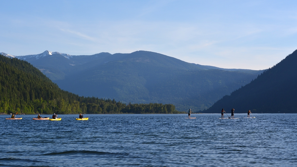 A group paddle on Kootenay Lake. Photo: Janneke Guenther