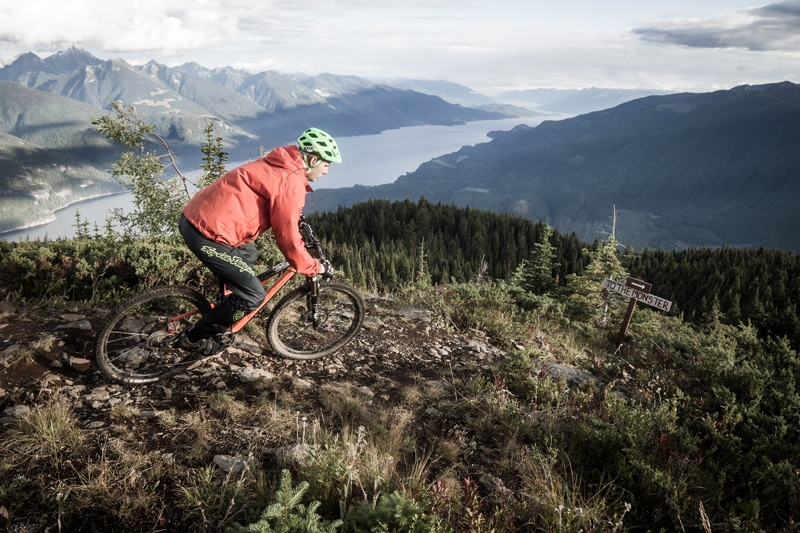 Mountain biking in the Selkirk Mountains, overlooking Kootenay ake