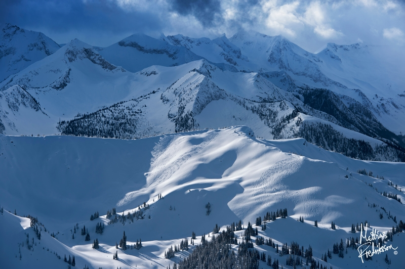 Wintery Selkirk Wilderness Skiing terrain and mountains
